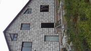 продам срочно дом в .г .Осиповичи , 50 км от минска , кирпич три этажк, .